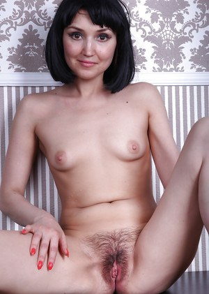 Hairy Mature Pussy Pics